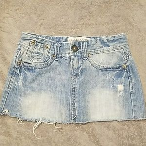 Aeropostale distressed jean skirt